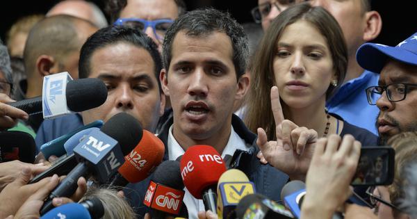 भेनेजुएलाका विपक्षी नेता जुआन गाेइदाे